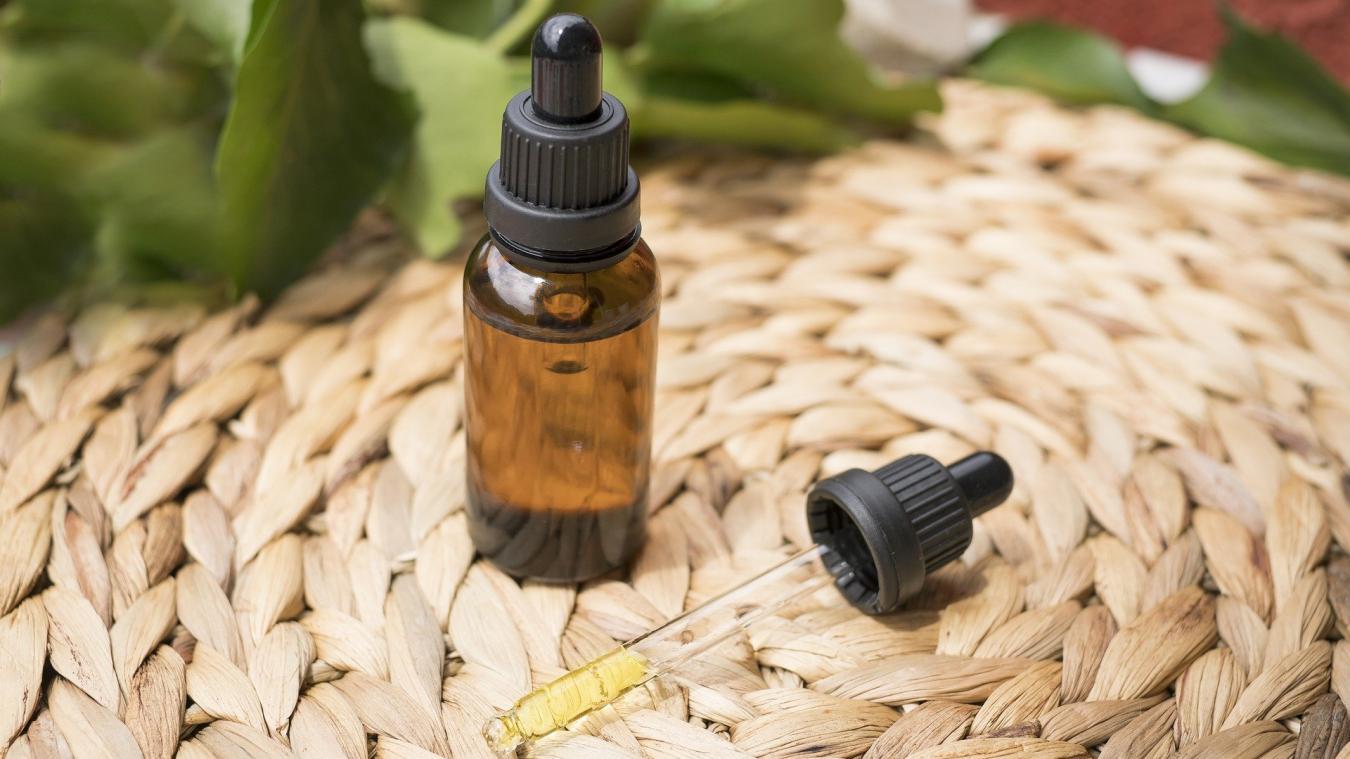 Pourquoi utiliser de l'huile de CBD pour leur peau ?