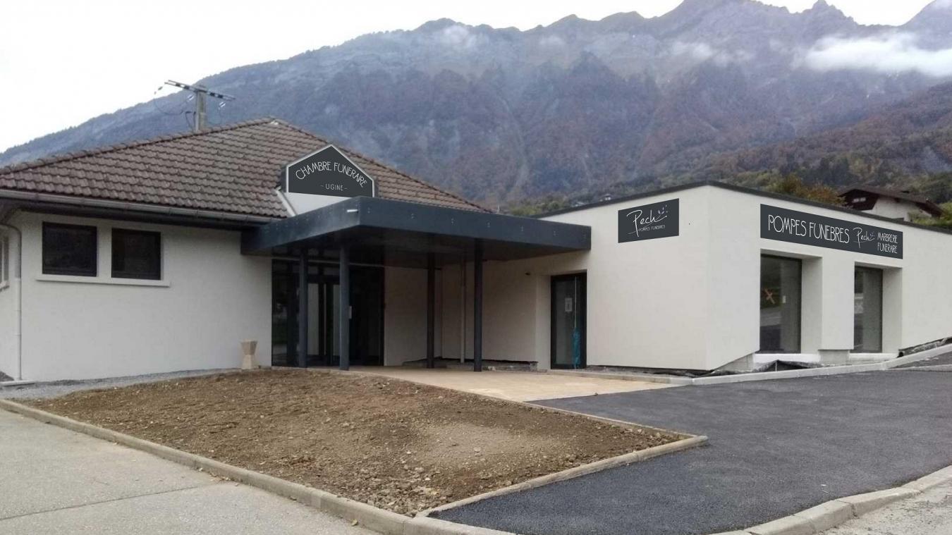 L'entreprise de pompes funèbres Pech inaugure ses nouveaux locaux à Ugine