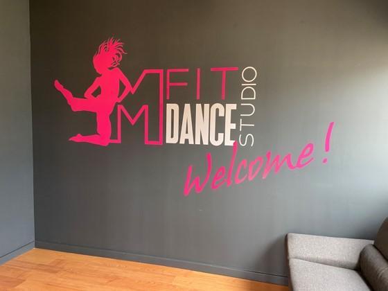 Après avoir proposé des cours de danse pendant deux ans dans le cadre de son association, Maureen Gomes Subtil a décidé de créer son propre studio de danse à Gilly-sur-Isère.