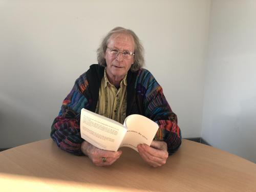 Albertville: Patrick Avrillier dédicace son nouveau recueil de poésie - Le Messager
