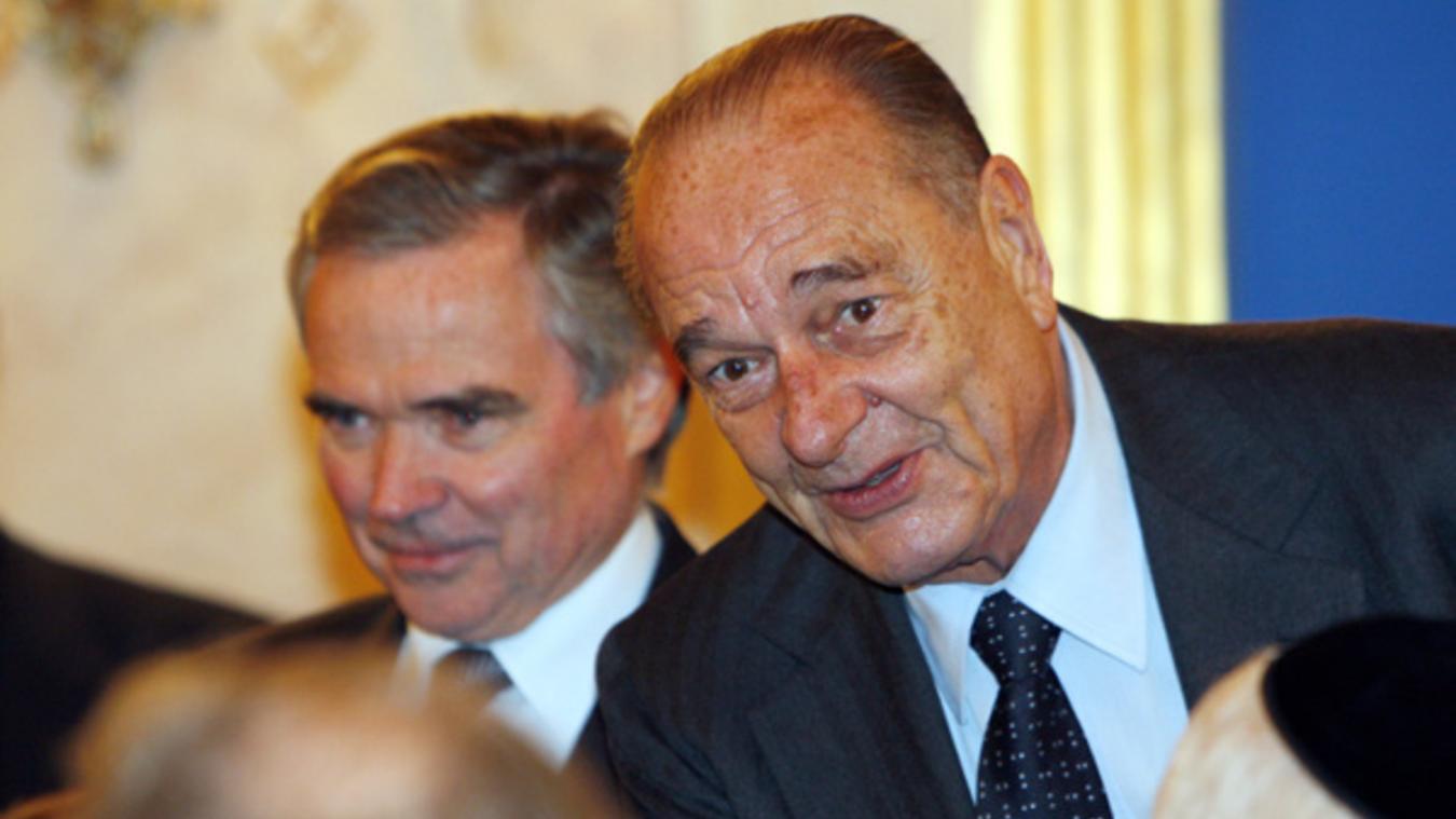 Bernard Accoyer et Jacques Chirac, lors de la remise du premier « prix Ilan Halimi », pour la tolérance et la fraternité mercredi 2 décembre 2009. (Photo Assemblée nationale)