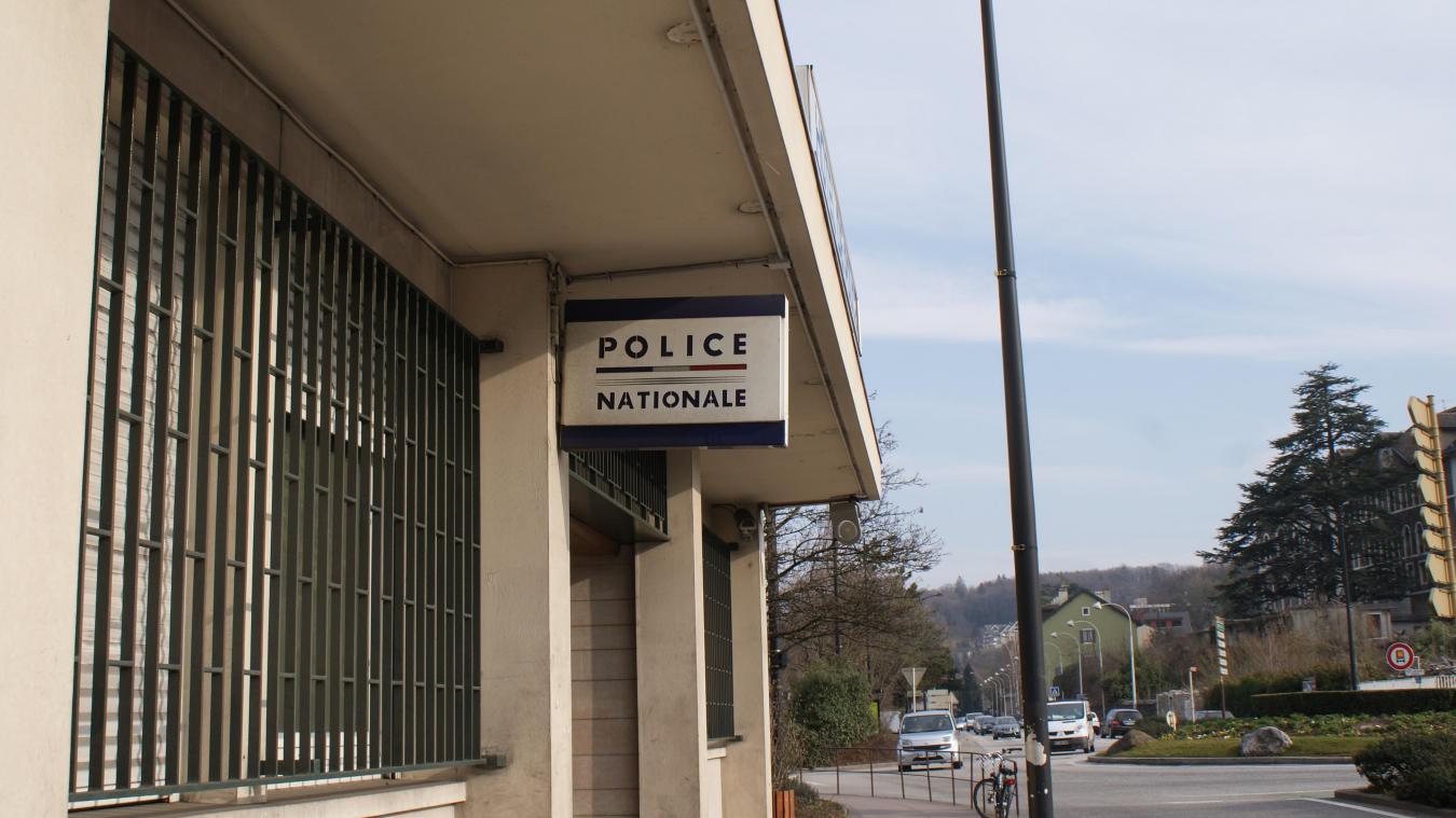 Annecy: un adolescent fracture des garages et vole des bijoux