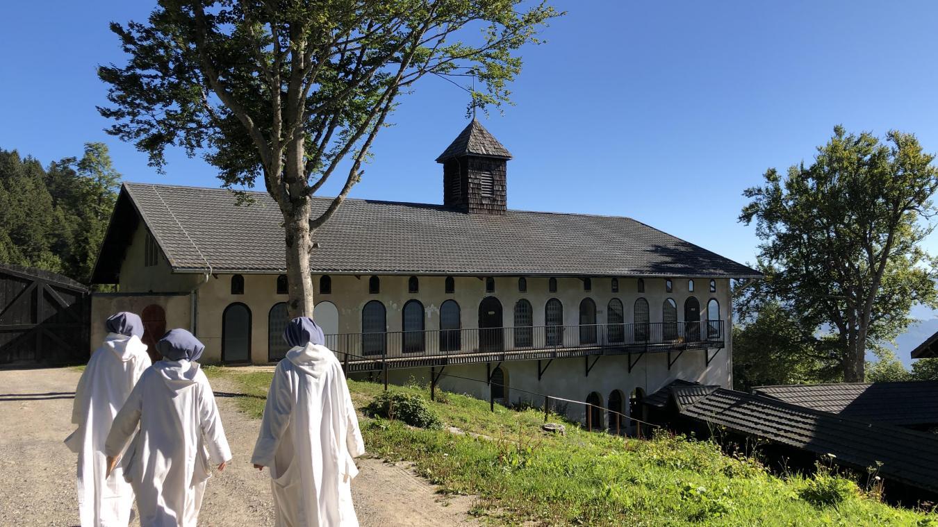 (Vidéo) Monastère de Boëge : vingt-quatre femmes vivent en silence