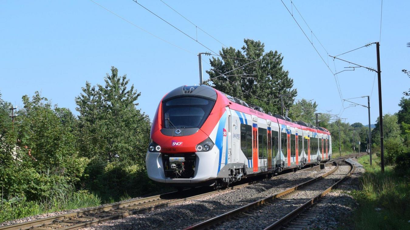 Le Léman Express, premier RER transfrontalier européen, va bientôt entrer en service. Il est actuellement en test sur les voies ferrées du département.