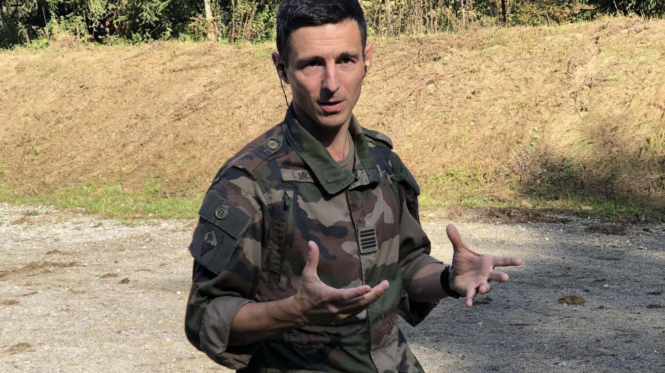 Agé de 40 ans, le colonel Ivan Morel est passé par Saint-Cyr, l'école de guerre britannique, les cabinets ministériels ou encore HEC avant de prendre en main le 27e Bataillon de chasseurs alpins. Un parcours riche et hétérocylte qui dénote une insatiable curiosité.