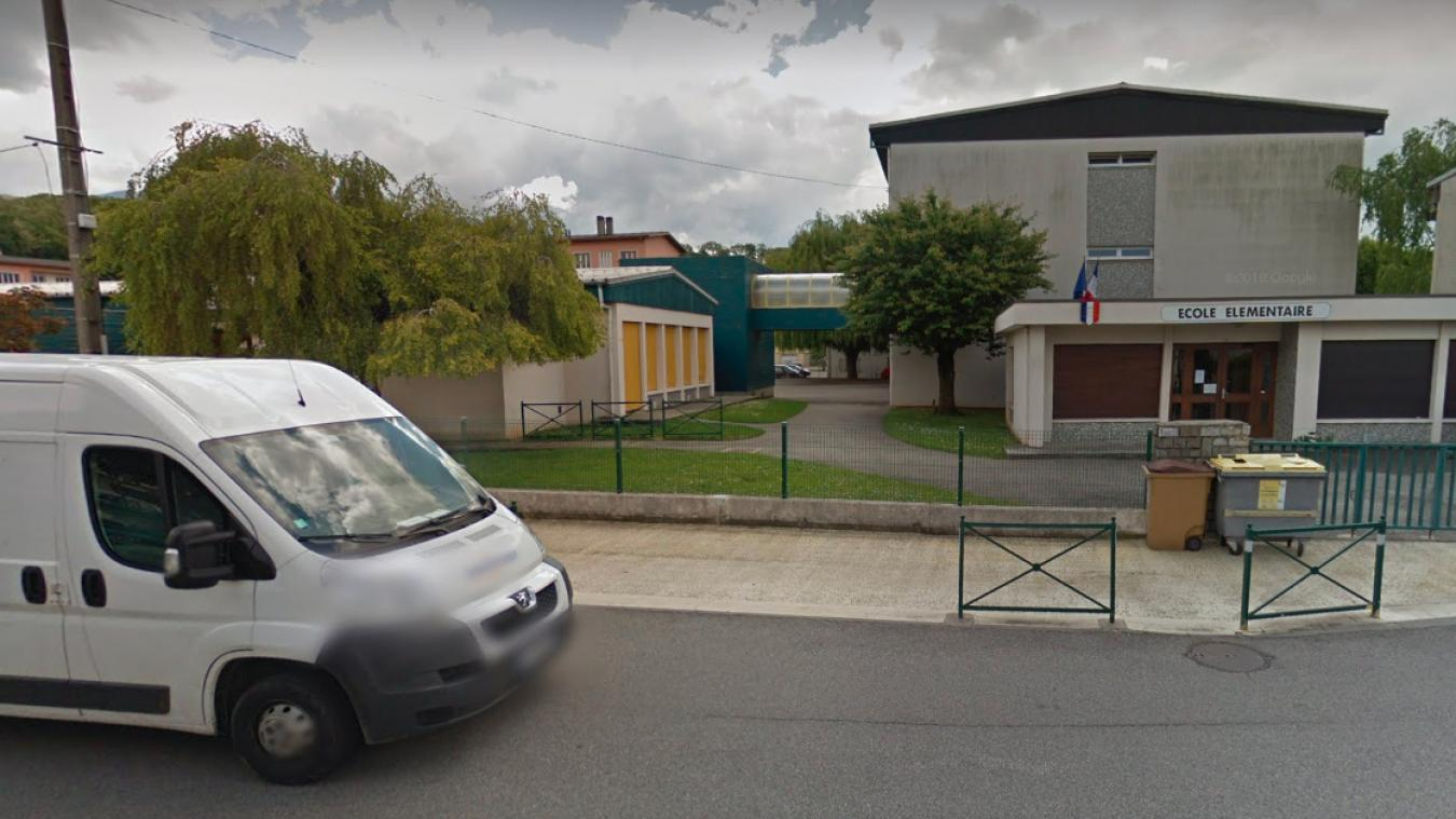 L'école La Concorde à Barberaz, près de Chambéry, a été concernée par la rumeur sur un rodeur près des établissements scolaires. (capture d'écran Google Street View)