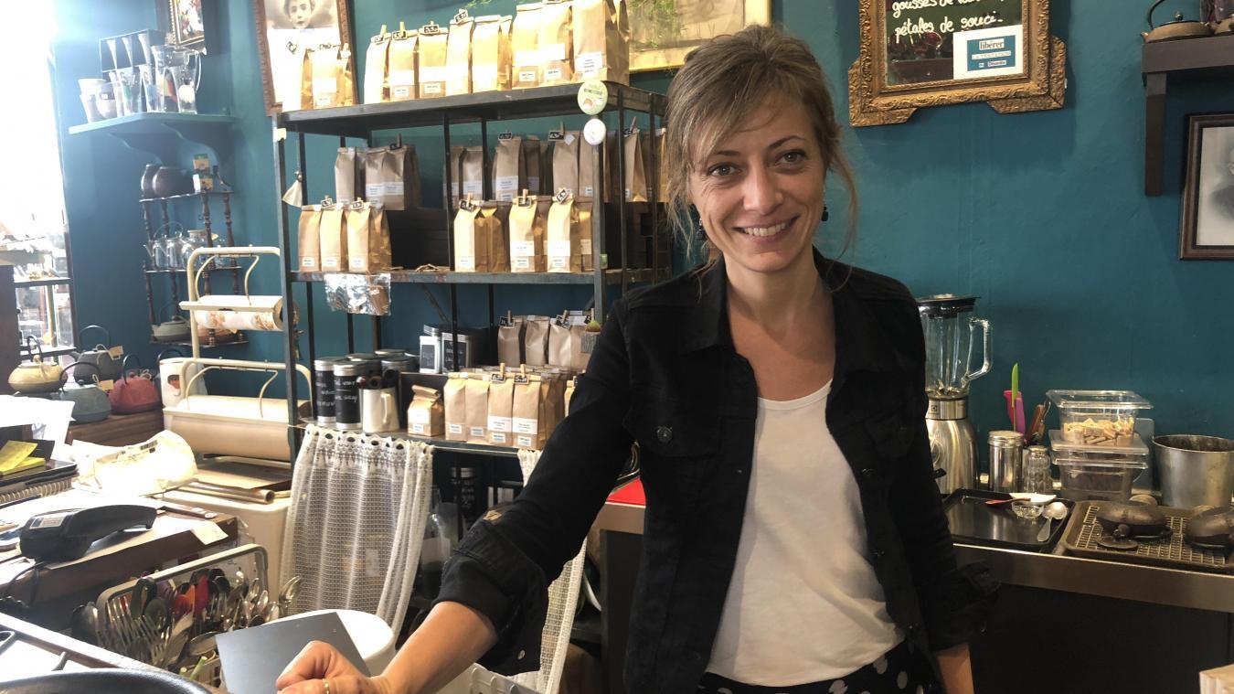 Sandrine Marchesini a fait de son salon de thé une brocante. Le Café Broc' est sélectionné au concours Trophées du commerce savoyard.