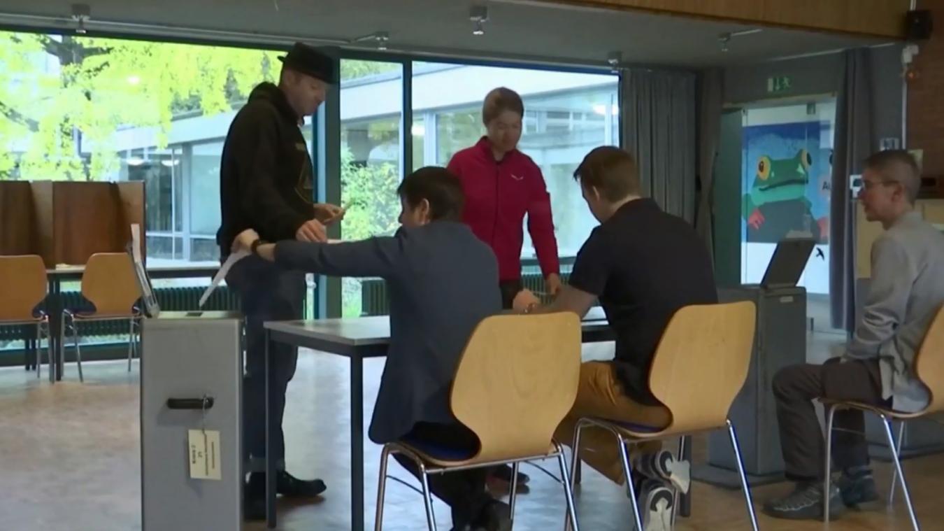 Les Suisses se rendaient aux urnes dimanche 20 octobre pour les élections fédérales. Les partis mettant en avant l'écologie ont réalisé une importante progression.