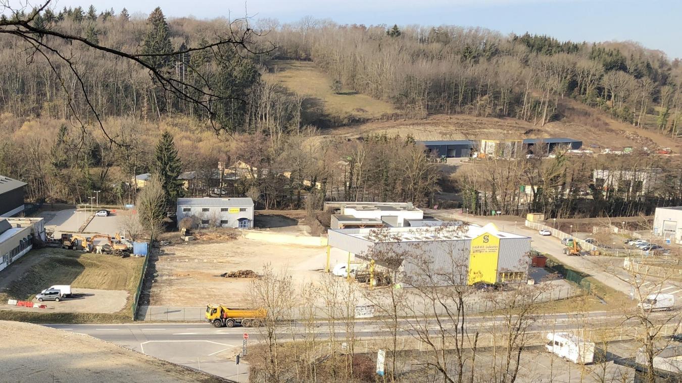 Le nouveau supermarché Leclerc pourrait voir le jour au 1, chemin des Vignes à La Balme-de-Sillingy, sur la friche industrielle à la place de l'entreprise ci-dessous (en jaune et gris).