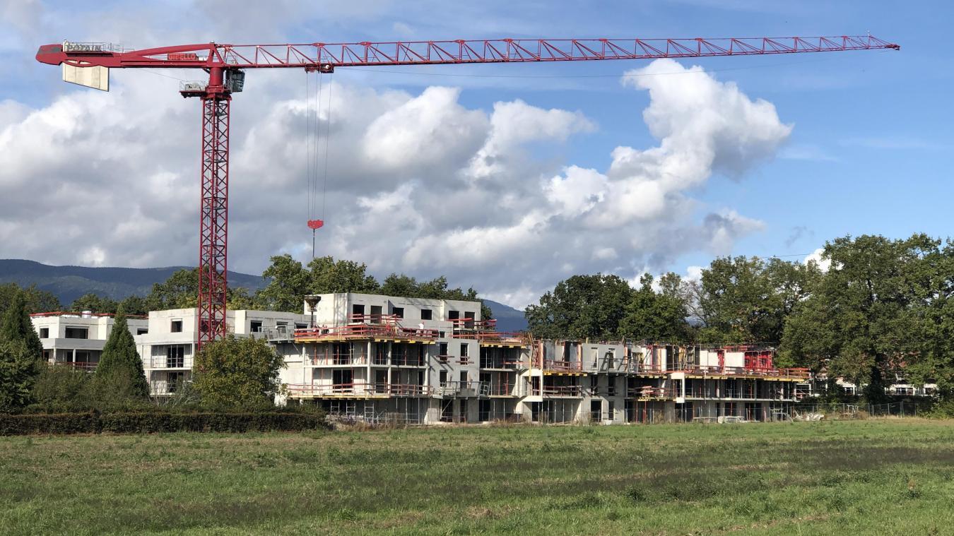 Dans le Pays de Gex, les constructions se poursuivent à un rythme élevé, avec des prix qui le sont tout autant.