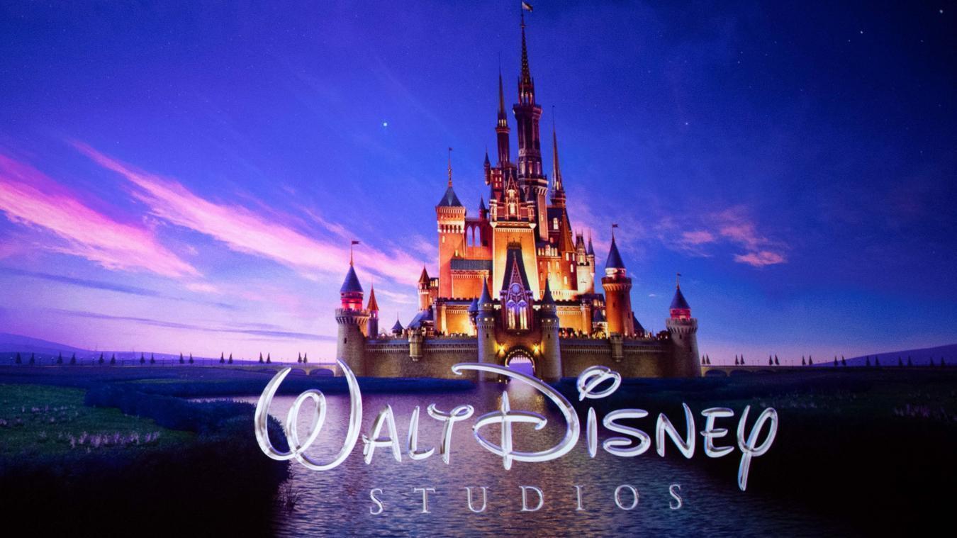 À l'occasion du lancement de la plateforme Disney + le 12 novembre aux États-Unis, le site Reviews.org, spécialisé dans les critiques et les recommandations recherche 5 personnes pour regarder des films Disney pendant un mois. Les heureux sélectionnés recevront 1 000 dollars et des cadeaux.