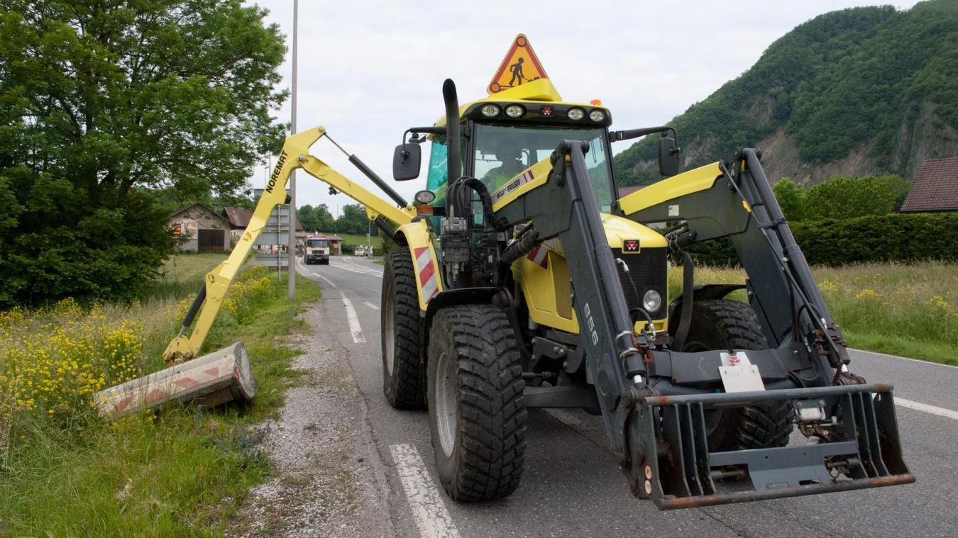 Les techniciens routes du Département et les policiers municipaux font partie des métiers en tension (photo L. Guette).