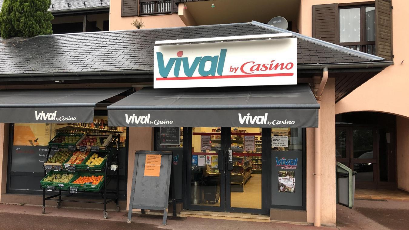 Suite à l'agression, le Vival n'a pas fermé même si la vendeuse a eu 1 jour d'interruption temporaire de travail.