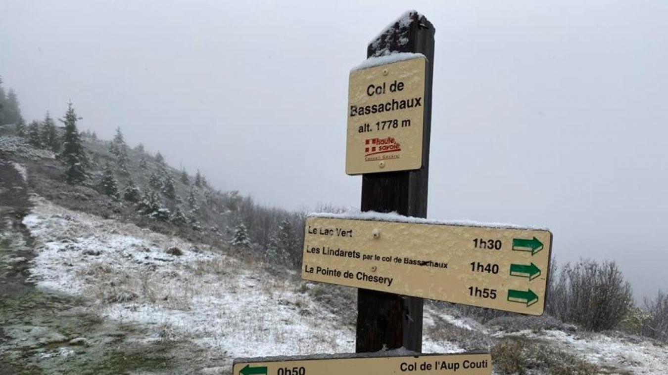 L'accès à la route du Col de Bassachaux, en vallée d'Abondance, a fermé pour l'hiver.