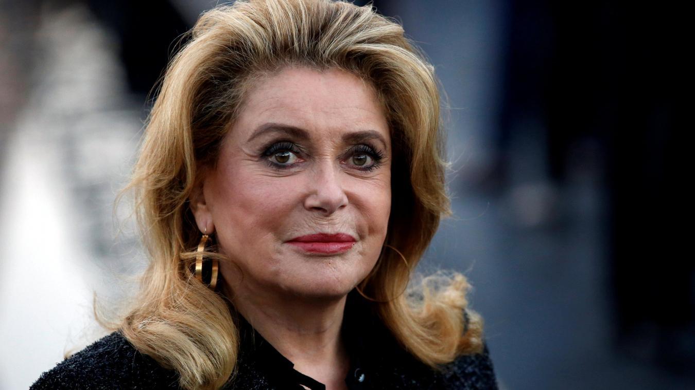 Selon Le Parisien, l'actrice de 76 ans a été admise dans un hôpital parisien dans la nuit de mardi 5 à mercredi 6 novembre.