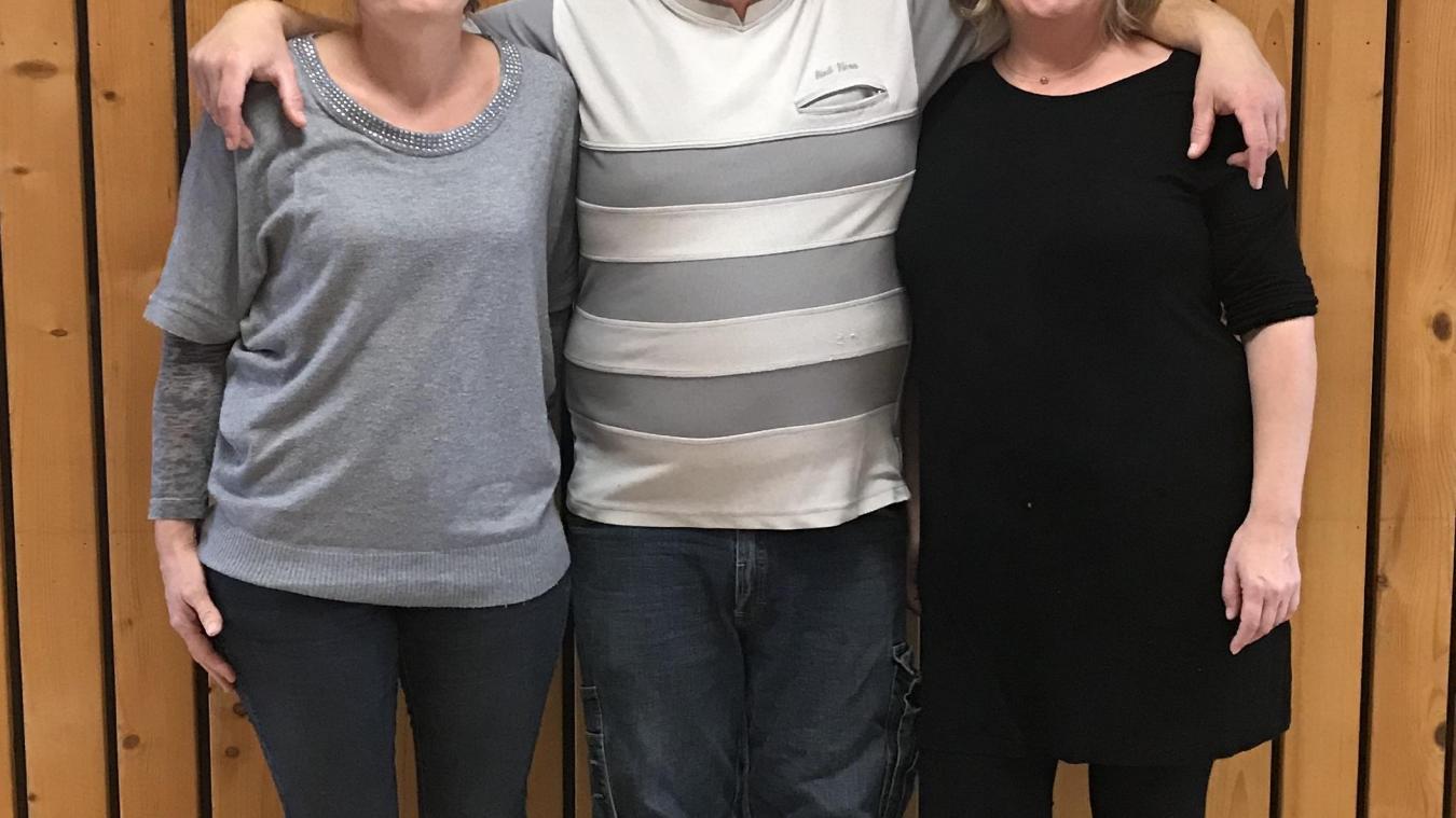 Aurélie, Pierre et Laurence Bussat, les trois gérants du camping de la Colombière, à Neydens.