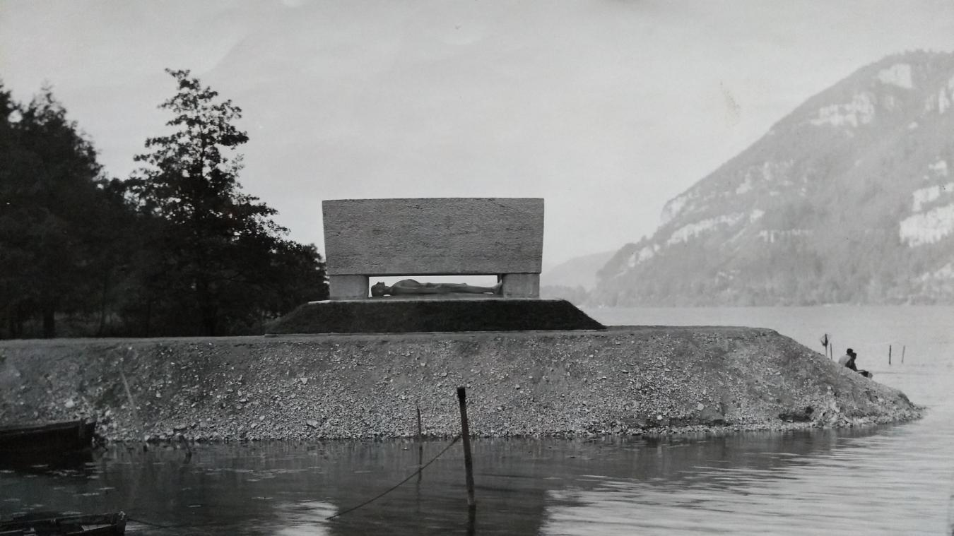 Le monument lors de son inauguration en novembre 1949.