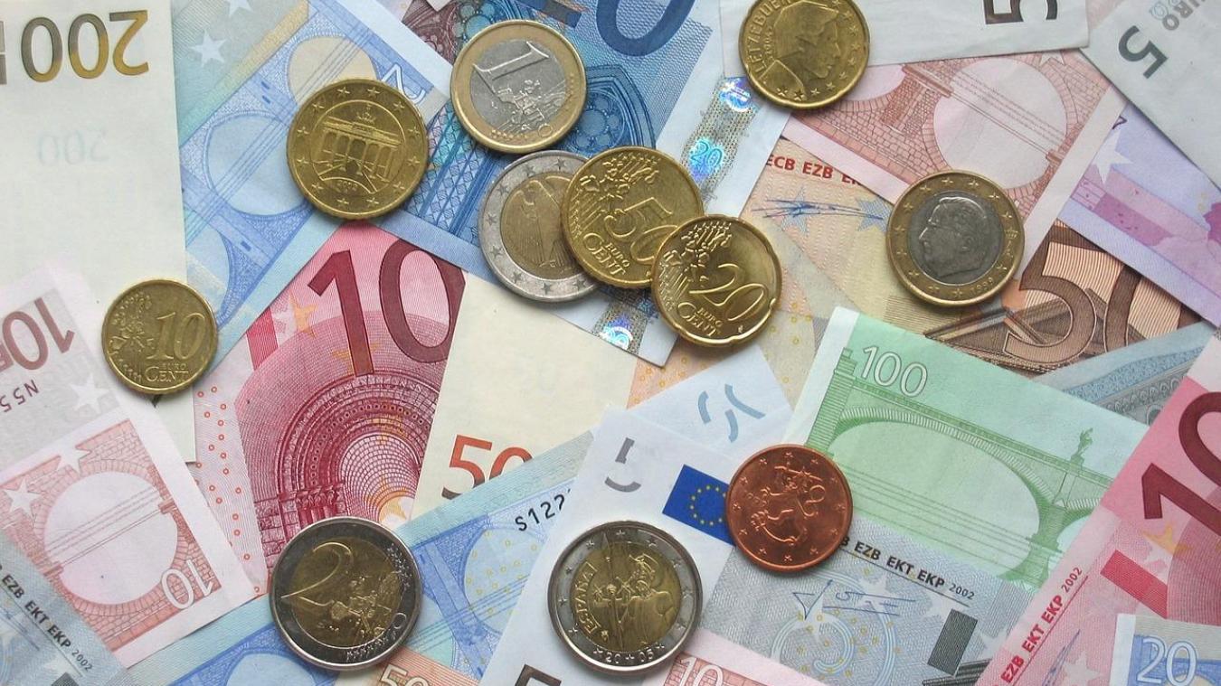 La mise en garde vient de la « Guardia civil » espagnole : de fausses pièces de 2 € sont en circulation et valent moins de 5 % de leur valeur.
