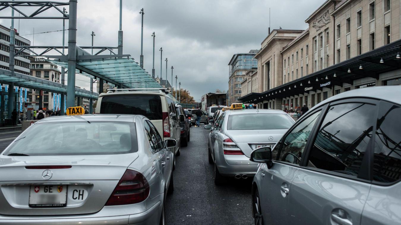 À partir du 15 janvier, les véhicules les plus polluants ne pourront plus circuler en cas d'alerte au smog. Les contrevenants risquent 500 francs d'amende.