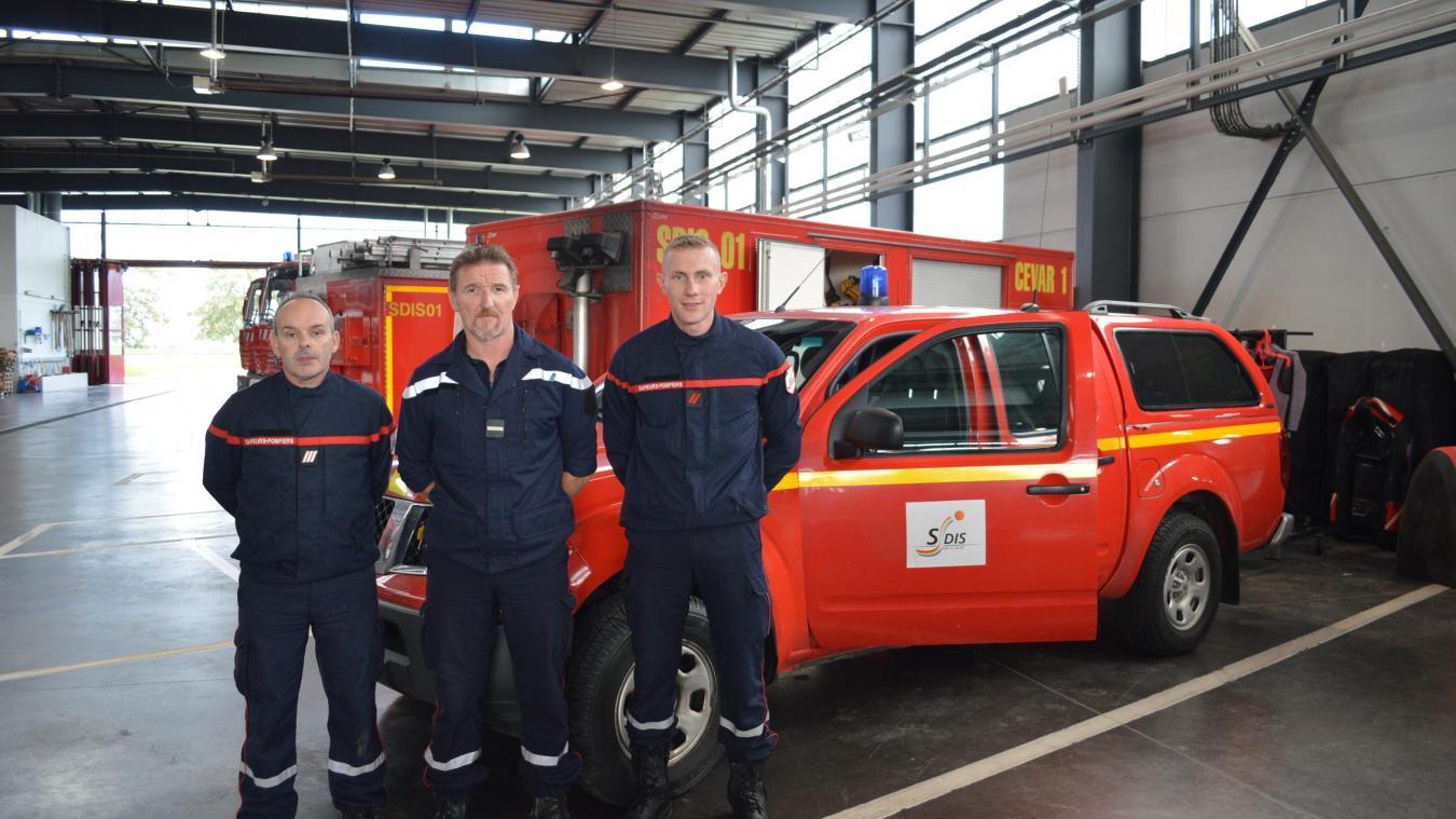 Quatre sapeurs-pompiers de l'Ain sont partis en renfort.