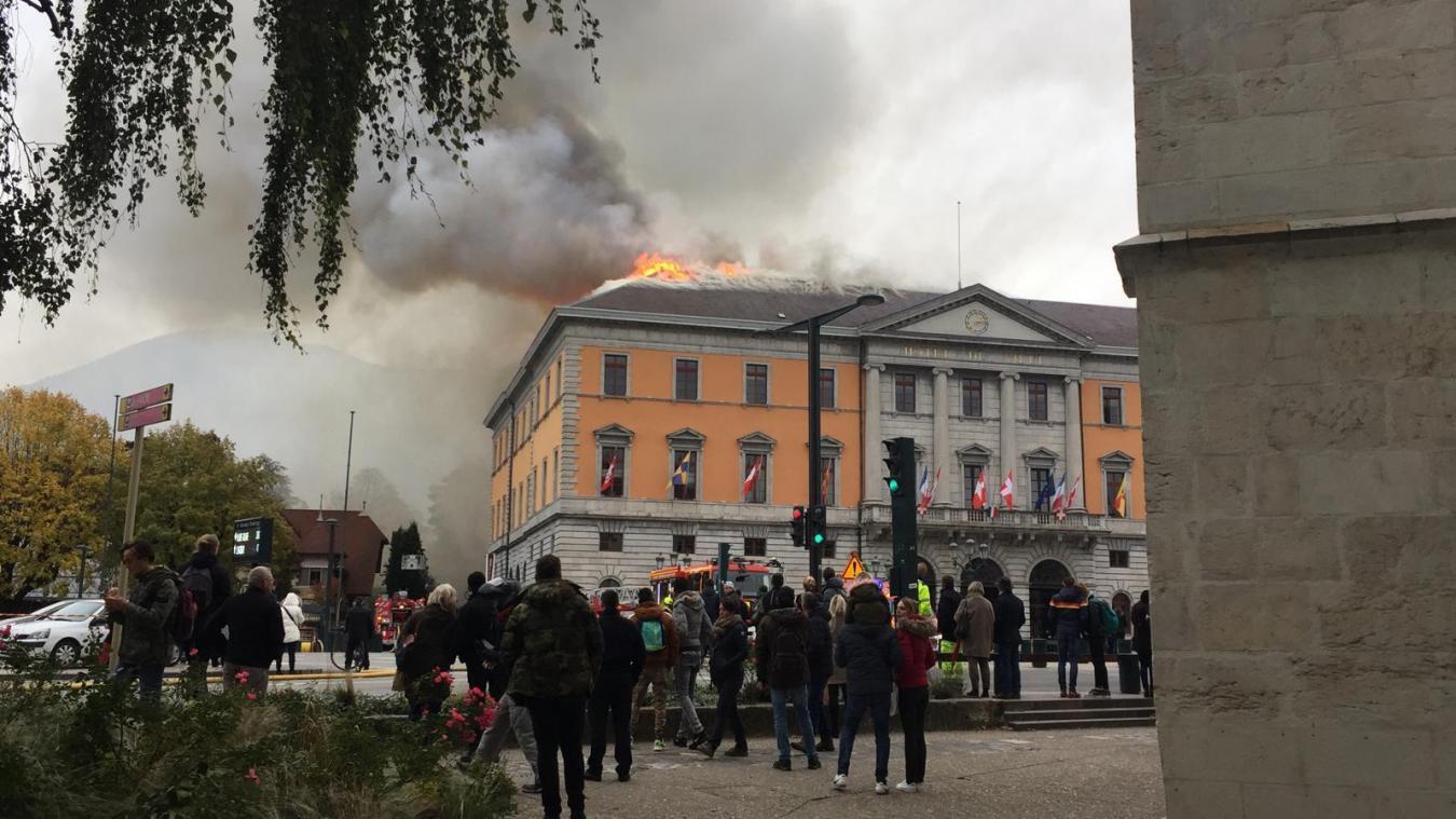 L'incendie de la mairie est