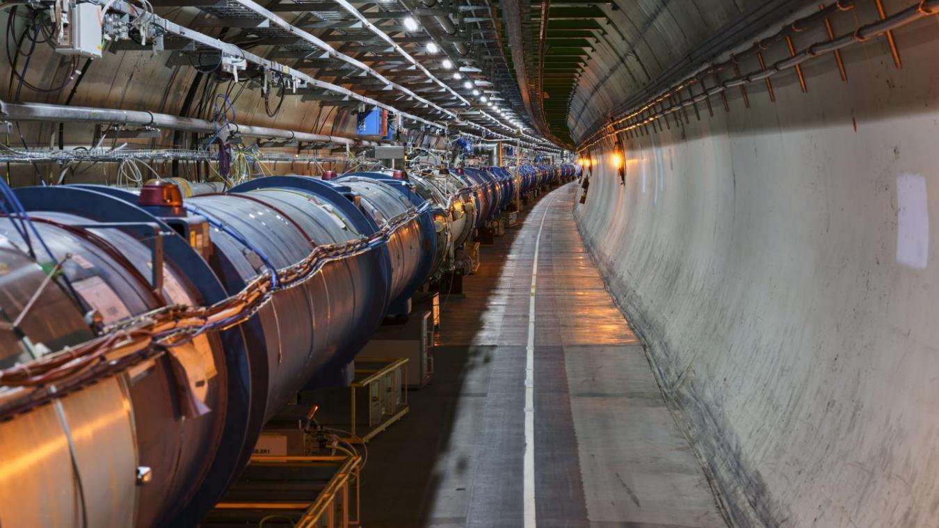 Un nouvel anneau de 100 kilomètres pourrait voir le jour. © CERN