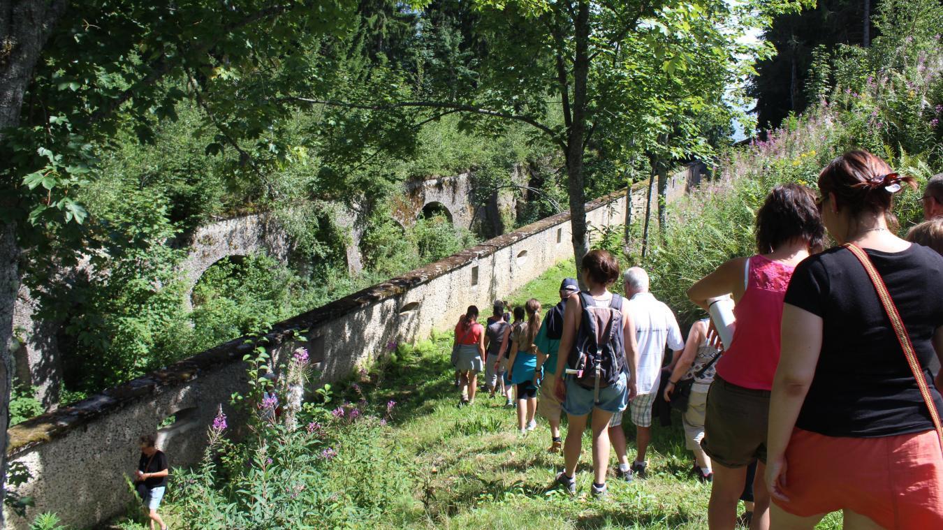 Grande place de Conflans, les apéros concerts se dérouleront chaque dimanche, du 19 juillet au 6 septembre.