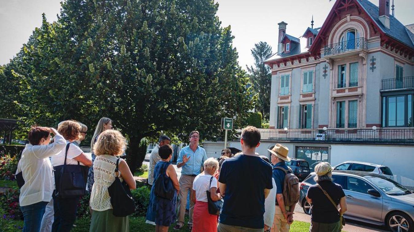 Les promenades patrimoniales permettent de découvrir l'Evian de la Belle Epoque