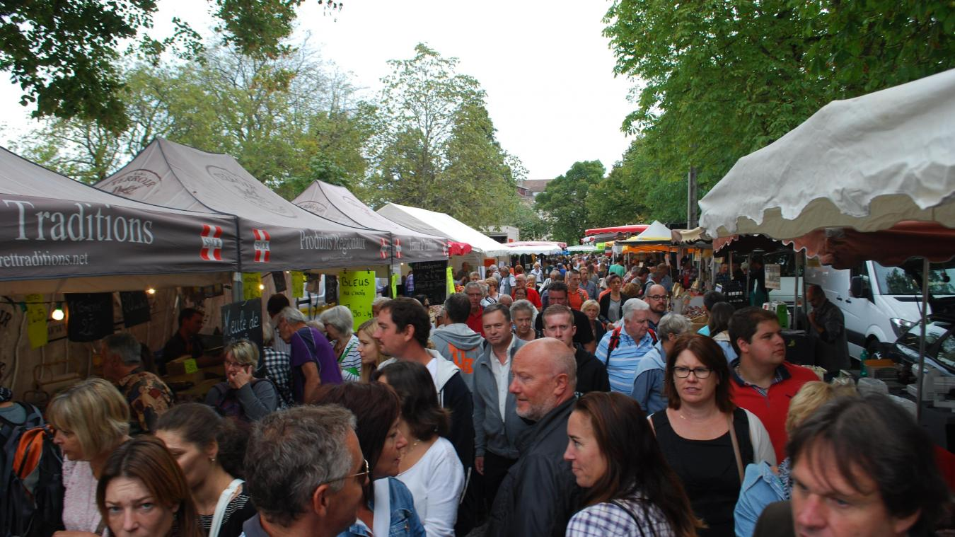 Plus important événement du Chablais, la Foire de Crête rassemble, chaque année, près de 30 000 personnes dans les rues de Thonon.