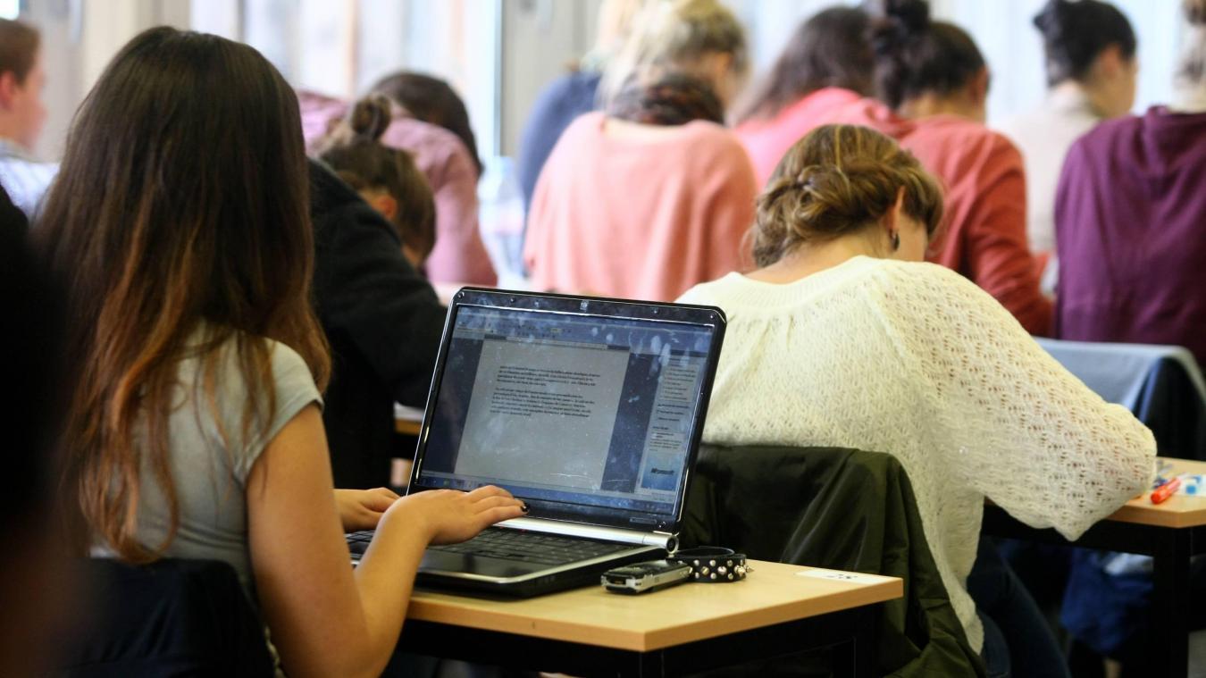10.000 places supplémentaires vont être ouvertes à l'université.