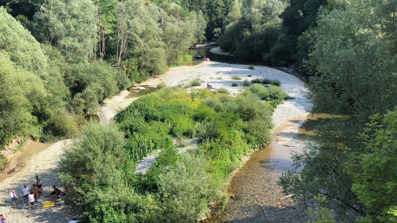 Le Chéran (ici en photo) et le Fier voient leurs cours d'eau réduits à cause du manque de précipitions et des chaleurs estivales. (Photo d'archives juillet 2018)