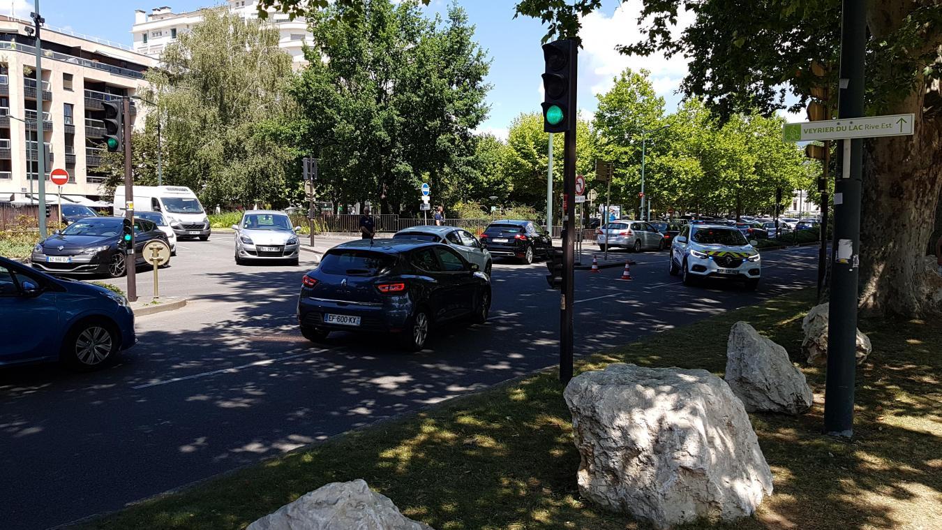 L'accident a eu lieu jeudi 23 juillet 2020, peu avant 13h20, sur l'avenue d'Albigny.