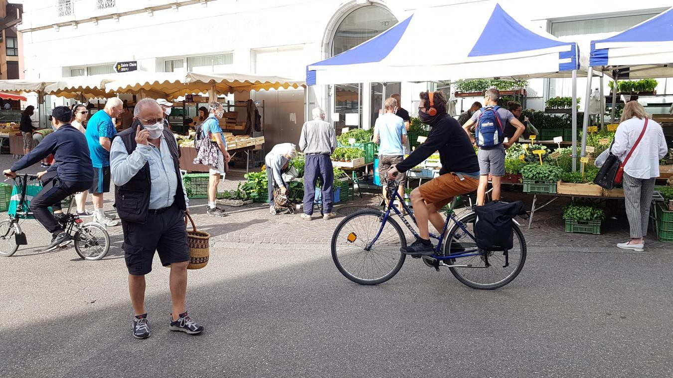 L'obligation de port du masque sur les marchés d'Annecy entre en vigueur samedi 25 juillet 2020.
