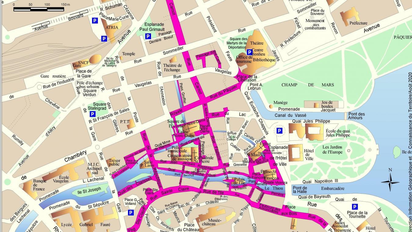 Près d'une trentaine de rues sont concernées par l'arrêté imposant le port du masque dans la vieille ville d'Annecy.