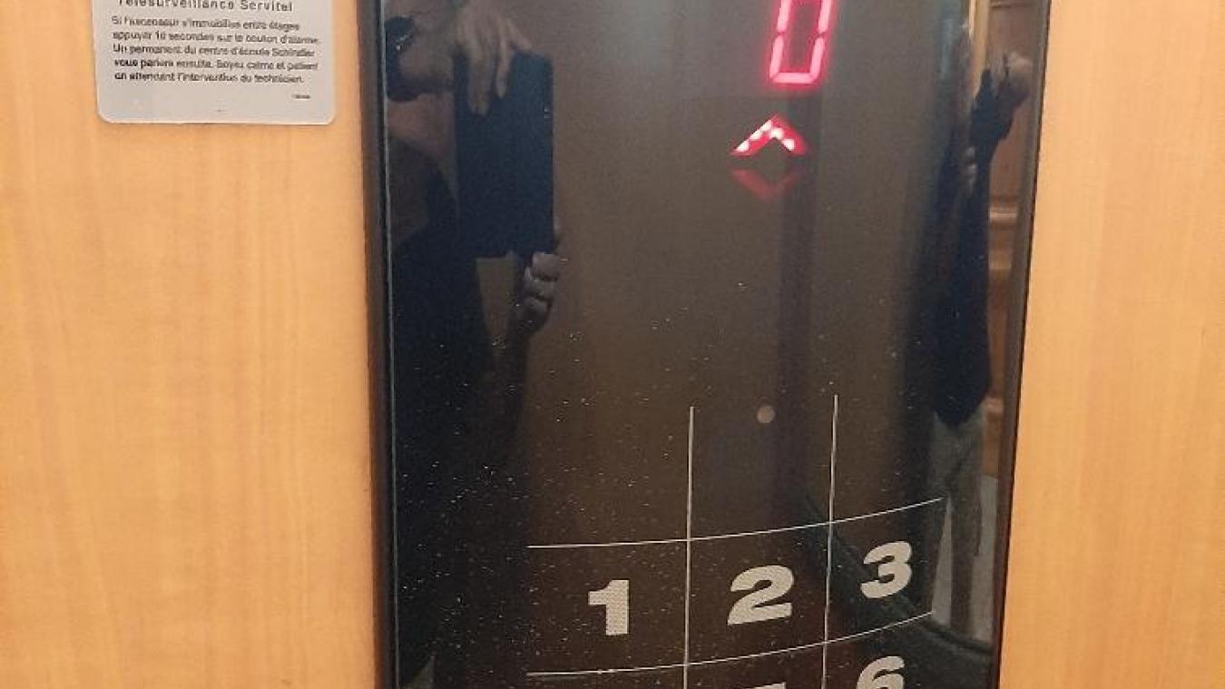 A 78 ans, Philippe Morizet a passé 2h30 enfermé dans cet ascenseur...