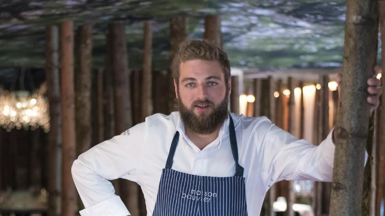 A Tignes, le travail de Clément Bouvier est salué par un macaron au guide Michelin, ainsi qu'une nouvelle étoile verte saluant son initiative en faveur d'une gastronomie durable.