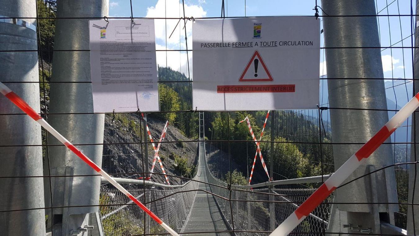 Nécessitant des réparations, la passerelle du Nant Bordon demeurera fermée encore plusieurs semaines.