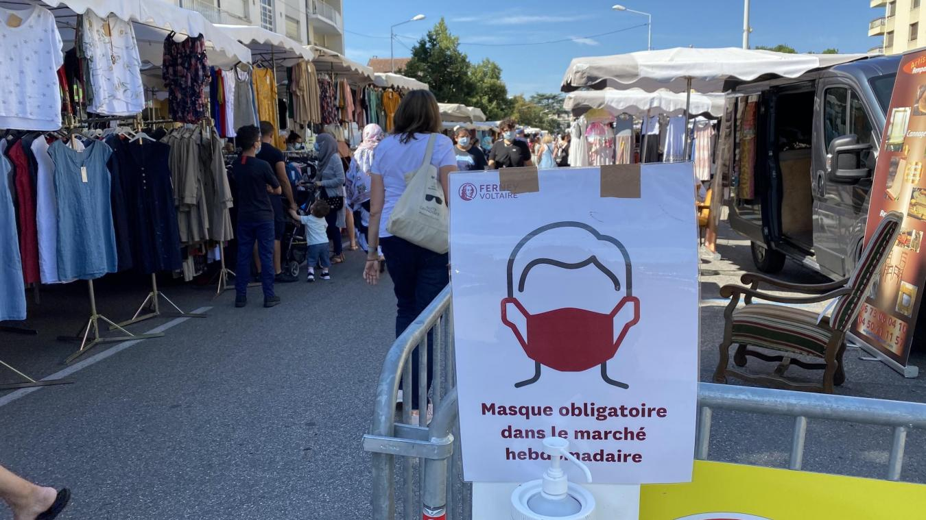 Les indications sont présentes aux entrées de chaque marché.