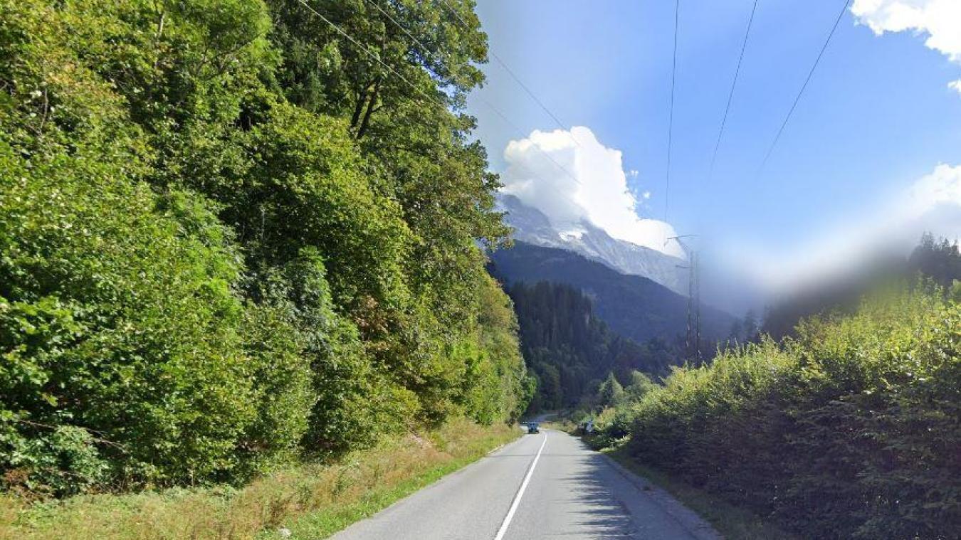Samedi 15 août, peu avant 22 heures, un accident a impliqué un quad et une voiture dans un choc frontal, route des Contamines à Saint-Gervais.