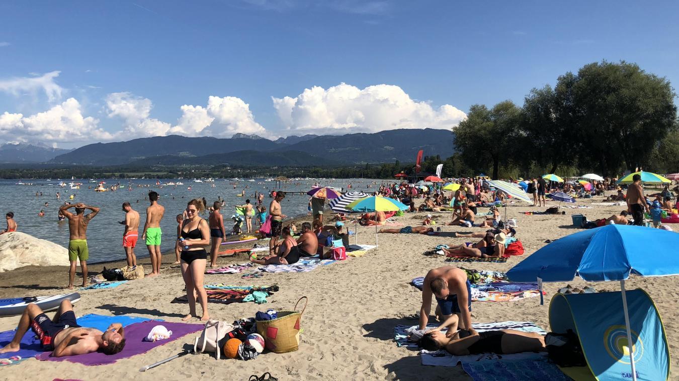 La commune d'Excenevex a pris un arrêté municipal interdisant la baignade sur la plage.