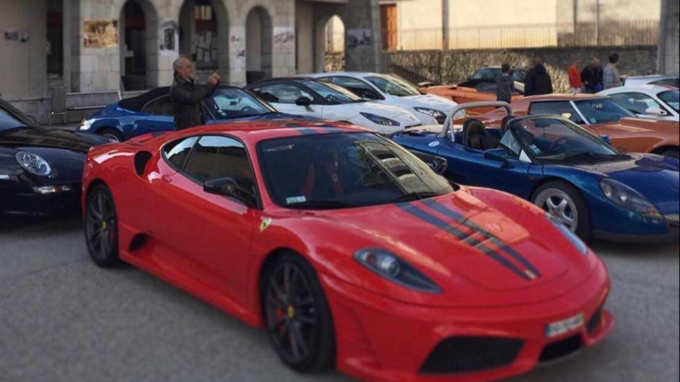 Viuz-en-Sallaz : des tours de voitures de prestige pour la bonne cause