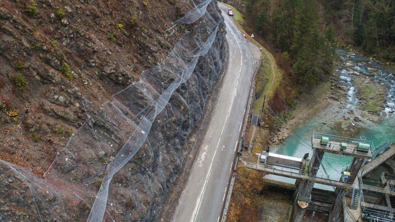 Des protection contre les chutes de blocs seront remplacées et étendues au niveau de la prise d'eau du Châtelard.