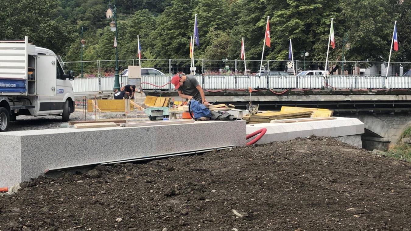 L'aménagement des espaces publics à proximité du pont Neuf arrivera à son terme en fin d'année.