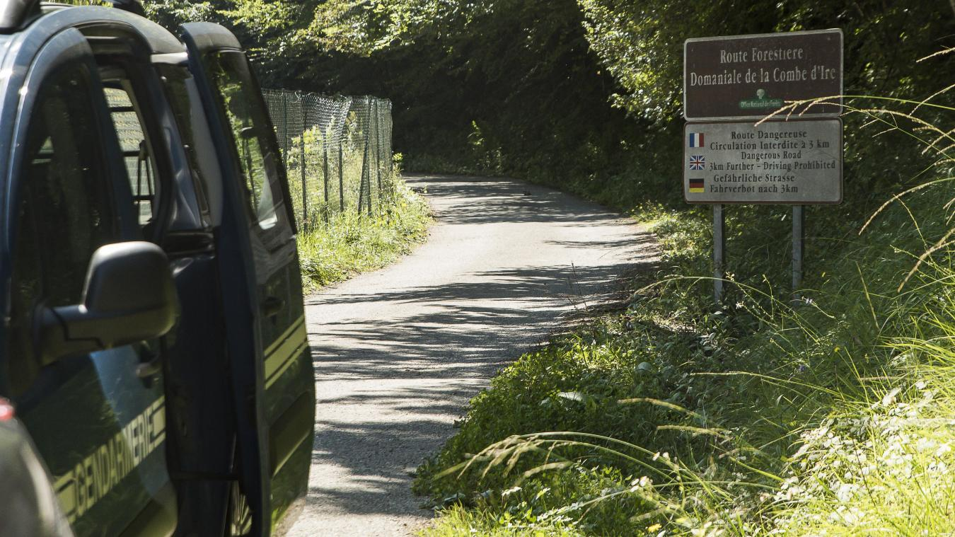 La route menant à la scène du drame a été fermée par un arrêté municipal.