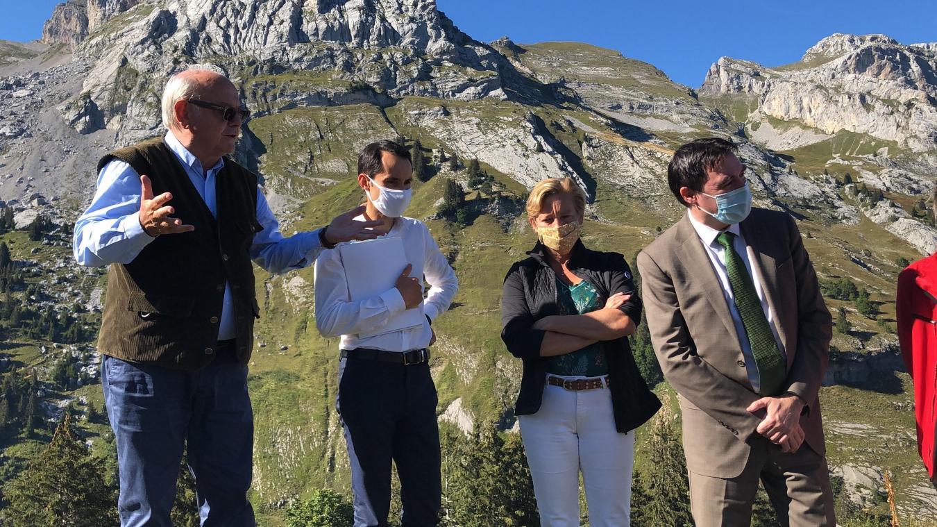 (VIDEOS) Haute-Savoie : «Le loup n'est pas compatible avec le pastoralisme»