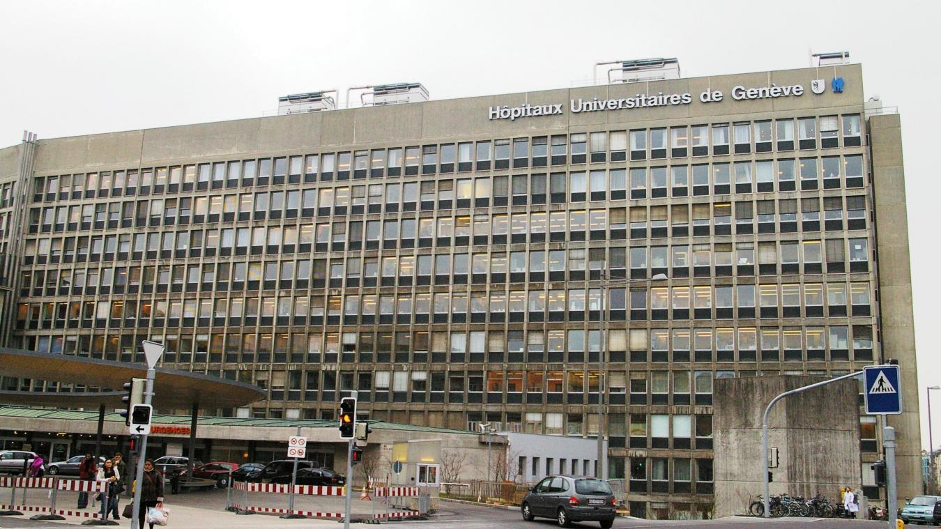 Le 1 er  septembre dernier, devant le bâtiment des Hôpitaux universitaires de Genève (HUG), les infirmiers et infirmières ont fait grève.