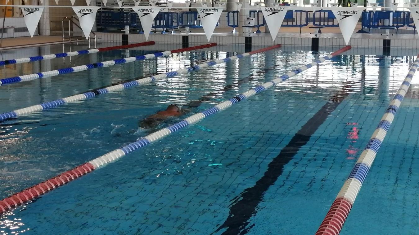 Il est possible de nager librement dans les bassins de la Cité de l'eau.
