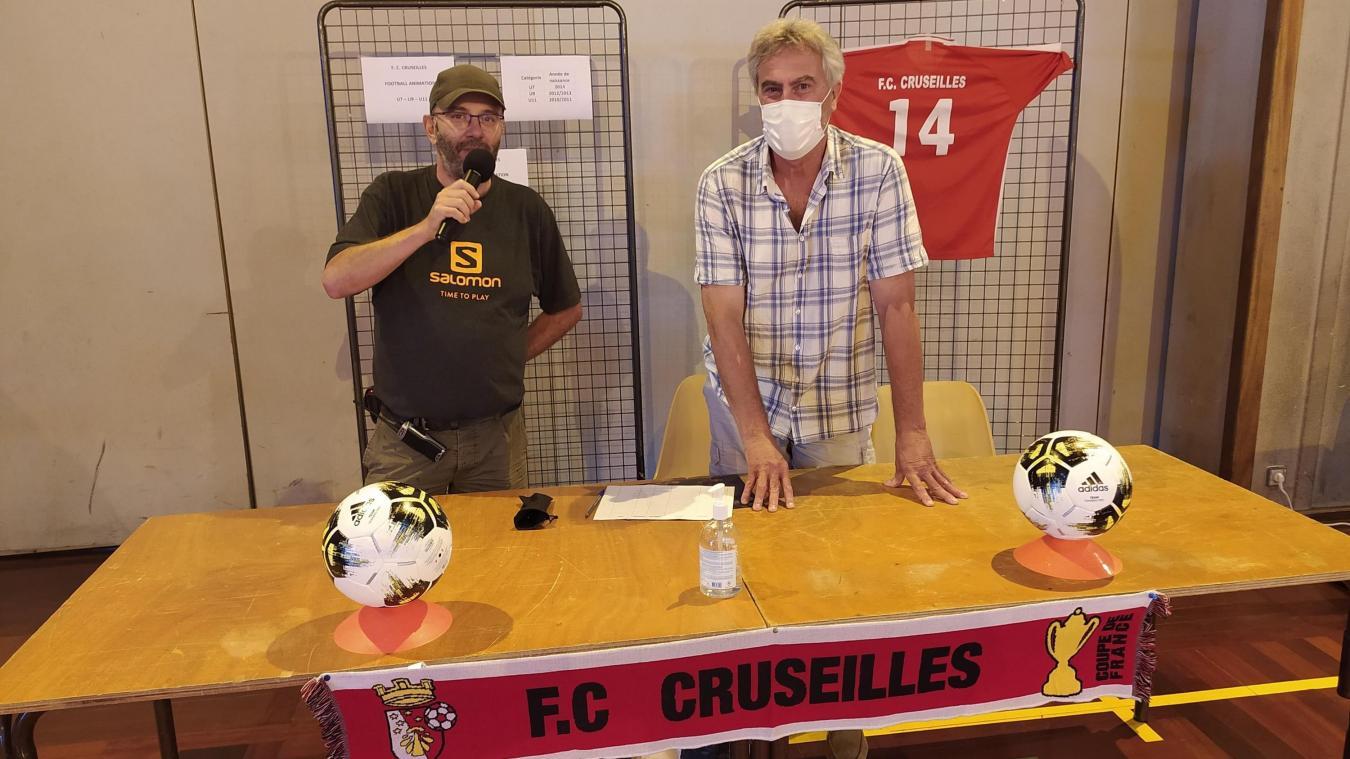 Christian Pesin, à droite, est responsable du foot animation au FC Cruseilles.