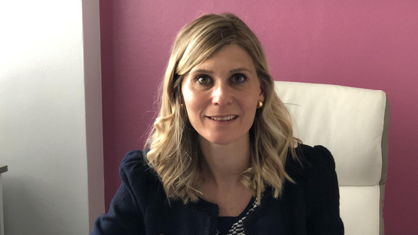 La député Virginie Duby-Muller, ici dans son bureau à Annemasse, est également conseillère départementale et vice-présidente des Républicains.