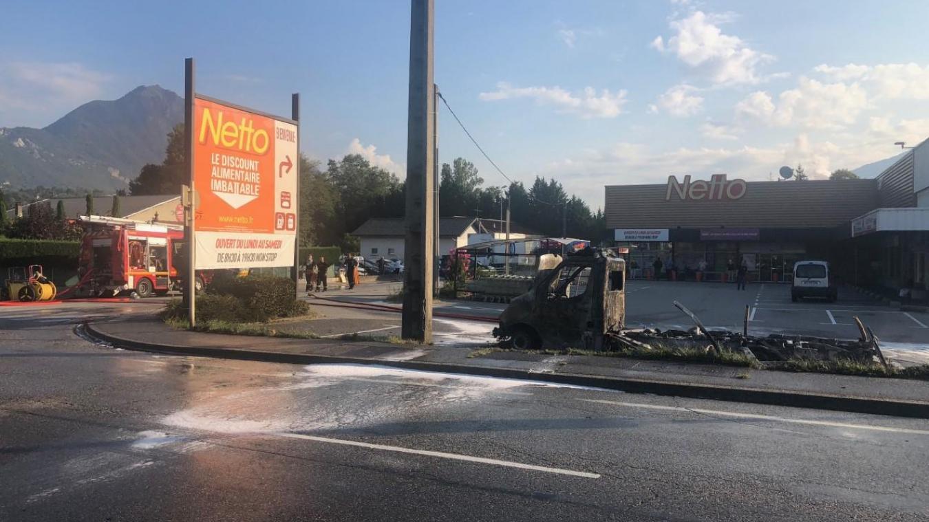 Frontenex : la rue des Tilleuls fermée suite à un incendie